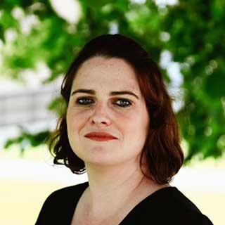 Julia Woodhall-Melnik